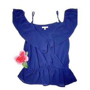 🌿3/$19🌿 adorable blue off-shoulder